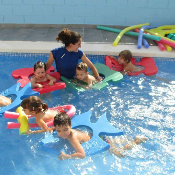 Escuela Infantil Alicante_En la Piscina